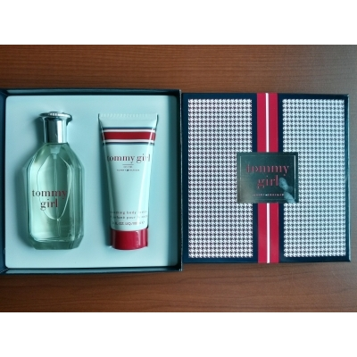 Tommy Hilfiger Girl Gift Set (EDT 100 ml + Body Lotion)
